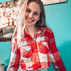 CROPPED FLANNEL RED BLUE WHITE LONG SLEEVE